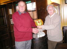 19_Mar_09_Dixie_Dean_and_Chris_Moss_39_Entry_Shield_presentation_104
