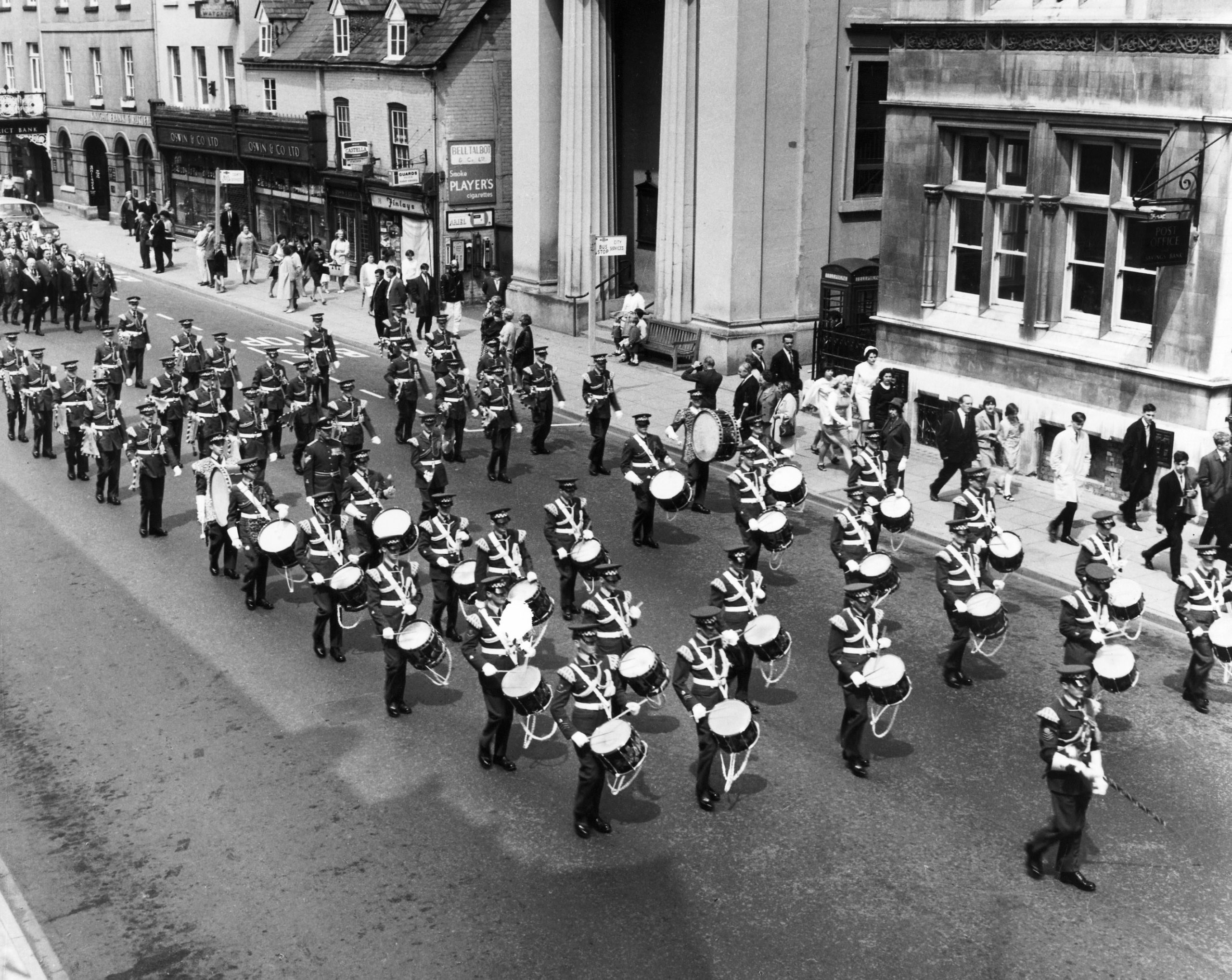 App-Wg-Band-1966