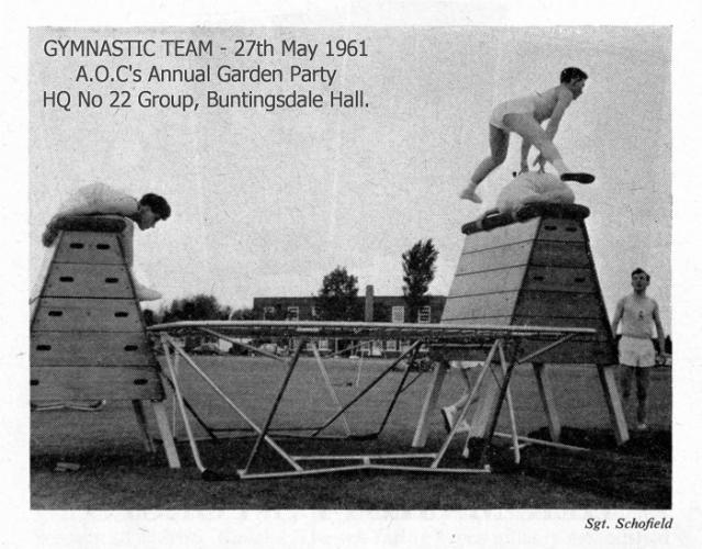 Gymnastics_Team_1961_a